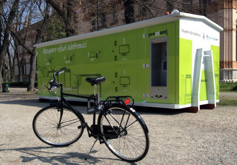 Il container del RAEE Parking Ecolight