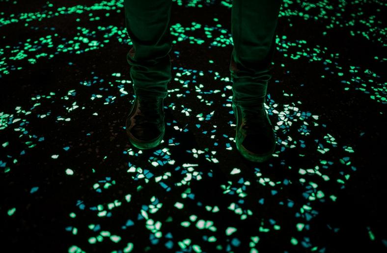 piste-ciclabili-che-si-illuminano-al-buio_01