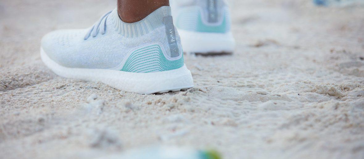 Adidas x Parley: arrivano le scarpe e i costumi in plastica riciclata