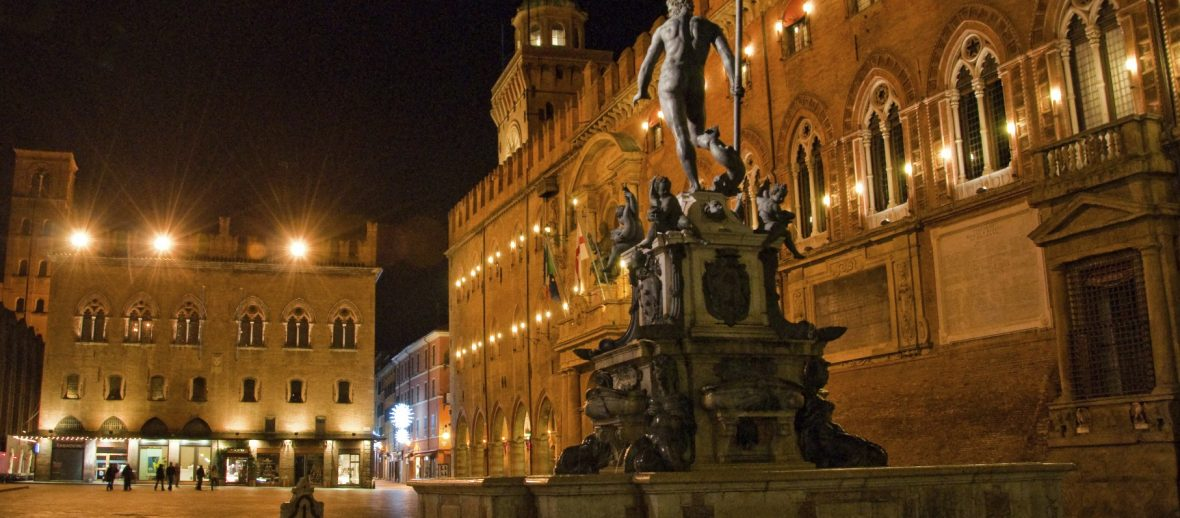 Bologna, via Zamboni e la rigenerazione urbana Rock!