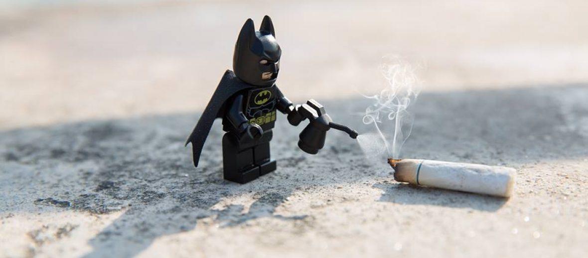 Anche Batman si impegna nella lotta per salvare le città!